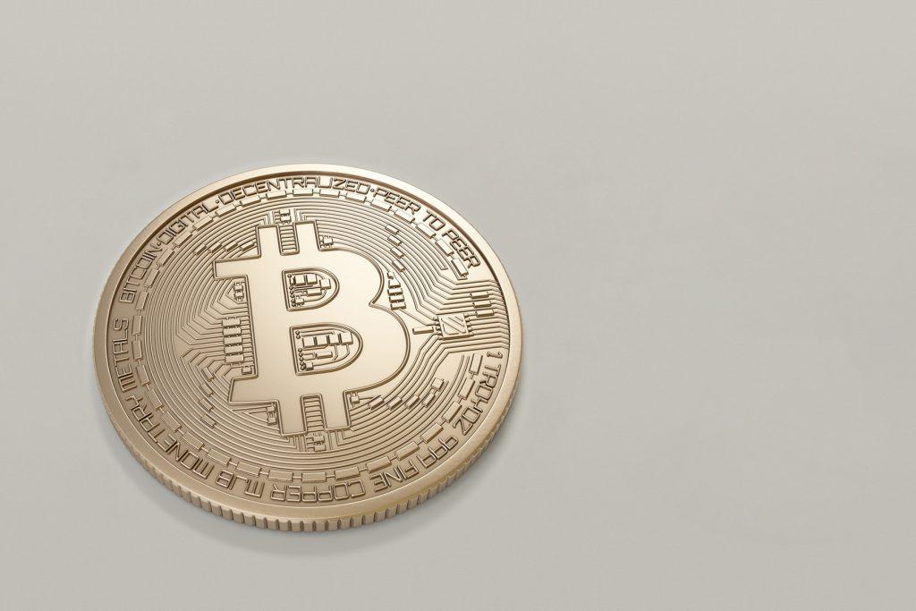 usando bitcoin per comprare cose bitcoin trader shark tank mexico 2021